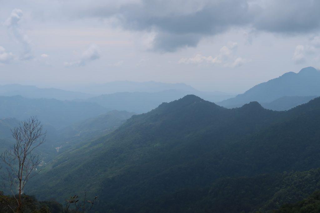 Näkymä Kinabalu Parkissa Borneossa